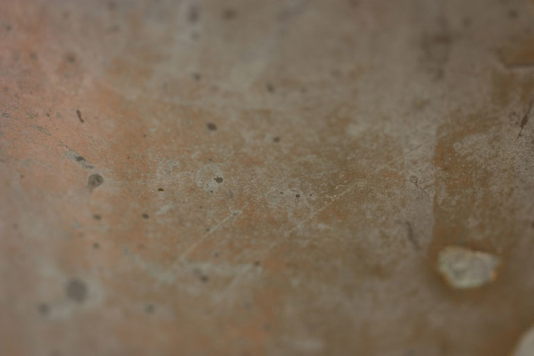 Milk Urn – Thumbnail of soft cinnamon coloured weathered metallic texture